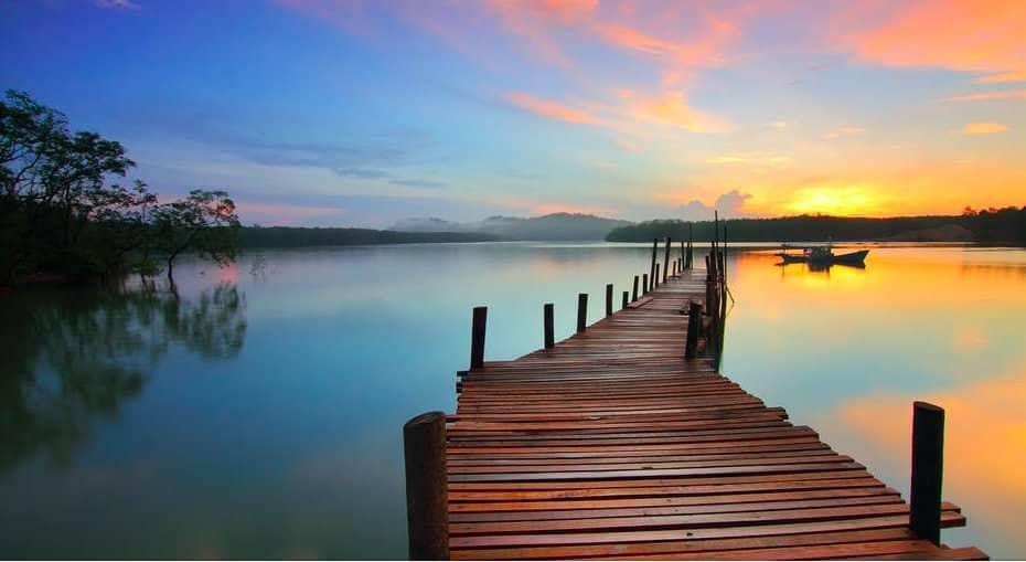 bella immagine tramonto acqua