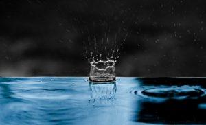fotografia corona de agua
