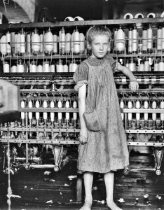 bambina lavoratrice