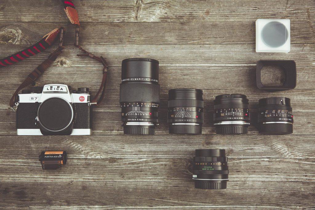 immagine di fotocamera e obiettivi