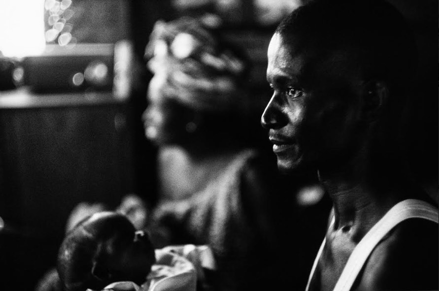 Mario Dondero - Paternità - Dakar, Senegal 1970