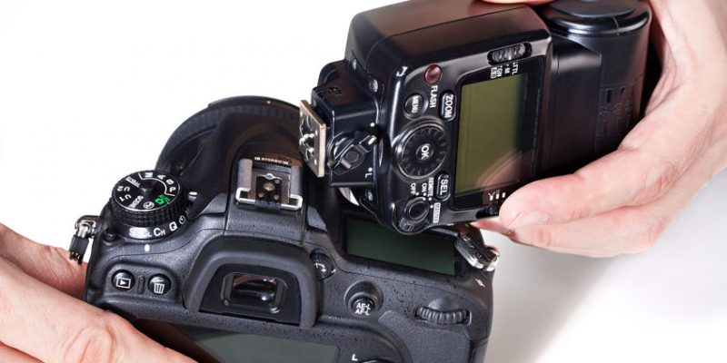 Flash per reflex: Flash interno o esterno?