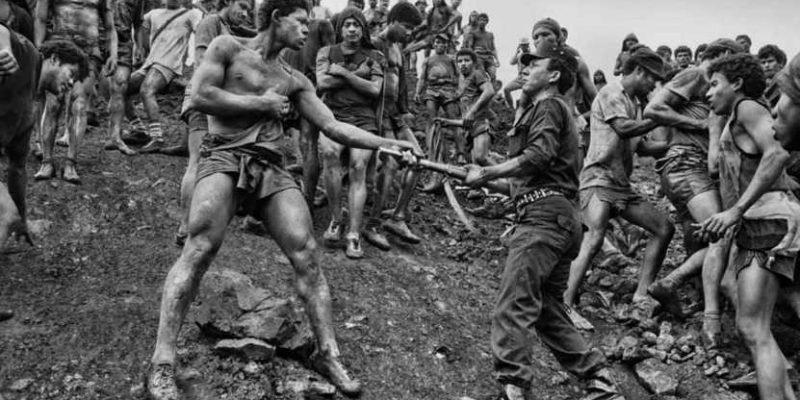 Sebastião Salgado: uomini, natura e vita secondo un genio moderno