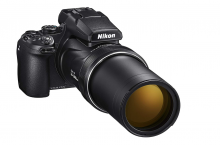 Nikon Coolpix P1000: supera il limite del cielo!